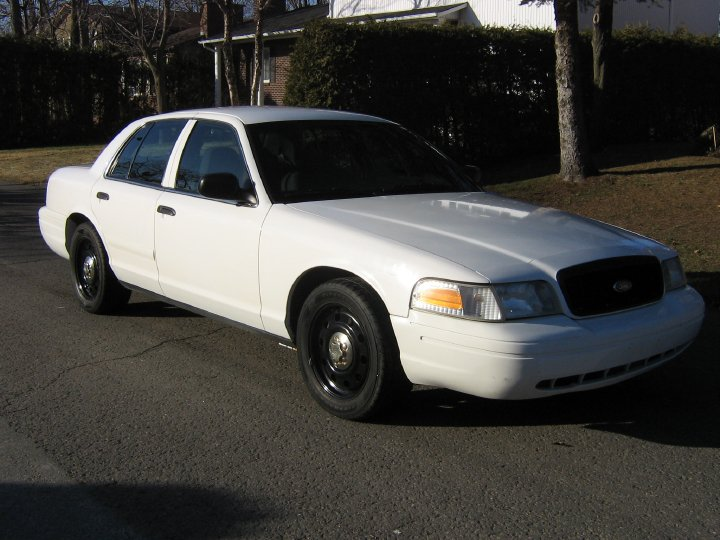 2006 Ford Crown Victoria STD picture