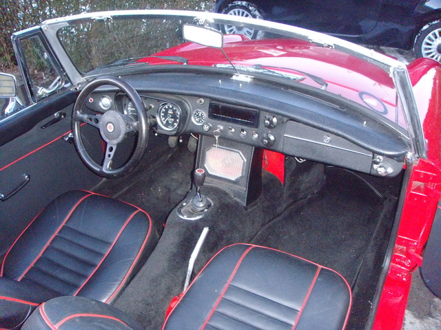 Picture of 1964 MG MGB Roadster, interior, gallery_worthy