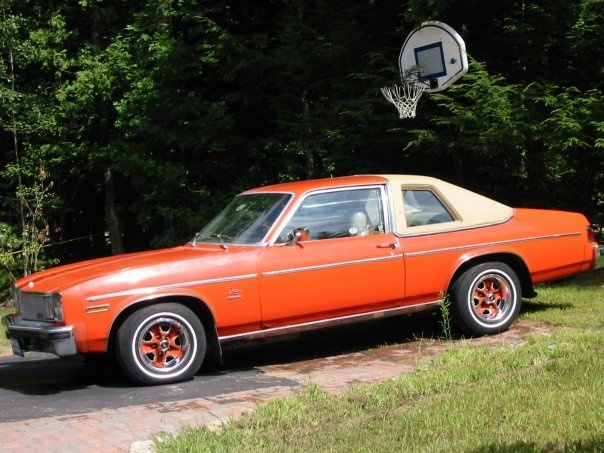 Picture of 1976 Oldsmobile Omega