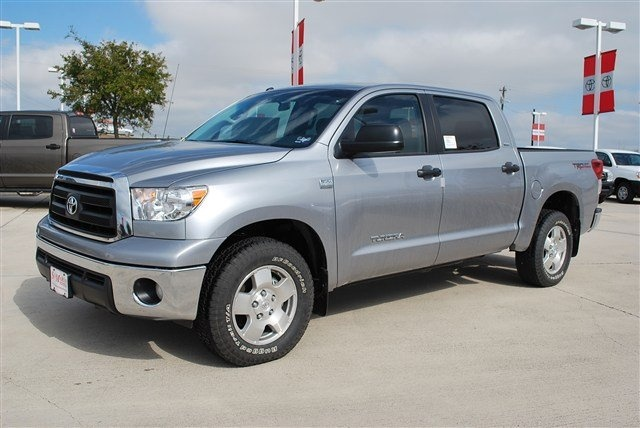 Picture of 2010 Toyota Tundra