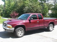 2004 Dodge Dakota 2 Dr SLT Plus 4WD Extended Cab SB, side, exterior