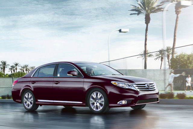 2011 Toyota Avalon, side view, exterior, manufacturer