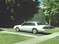 1993 Lincoln Continental 4 Dr Executive Sedan, my pimptastic Lincoln from... summer of 2001, exterior