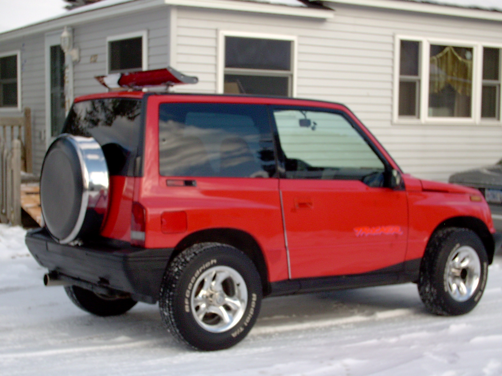 Geo Tracker also Voitures Des Usa Eagle 1988 1998 moreover 2000 Gmc Sonoma Fuel Pump Wiring Diagrams additionally Toyota Corolla  E90 moreover 1992 Geo Tracker Pictures C1890. on geo prizm 4x4