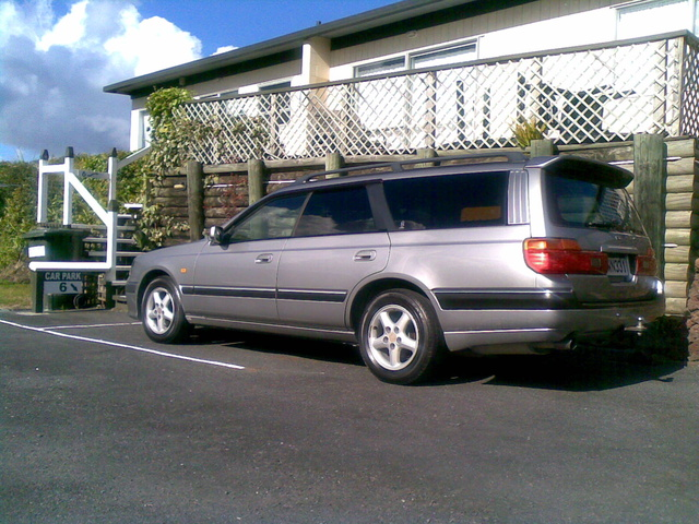 Picture of 1997 Nissan Stagea