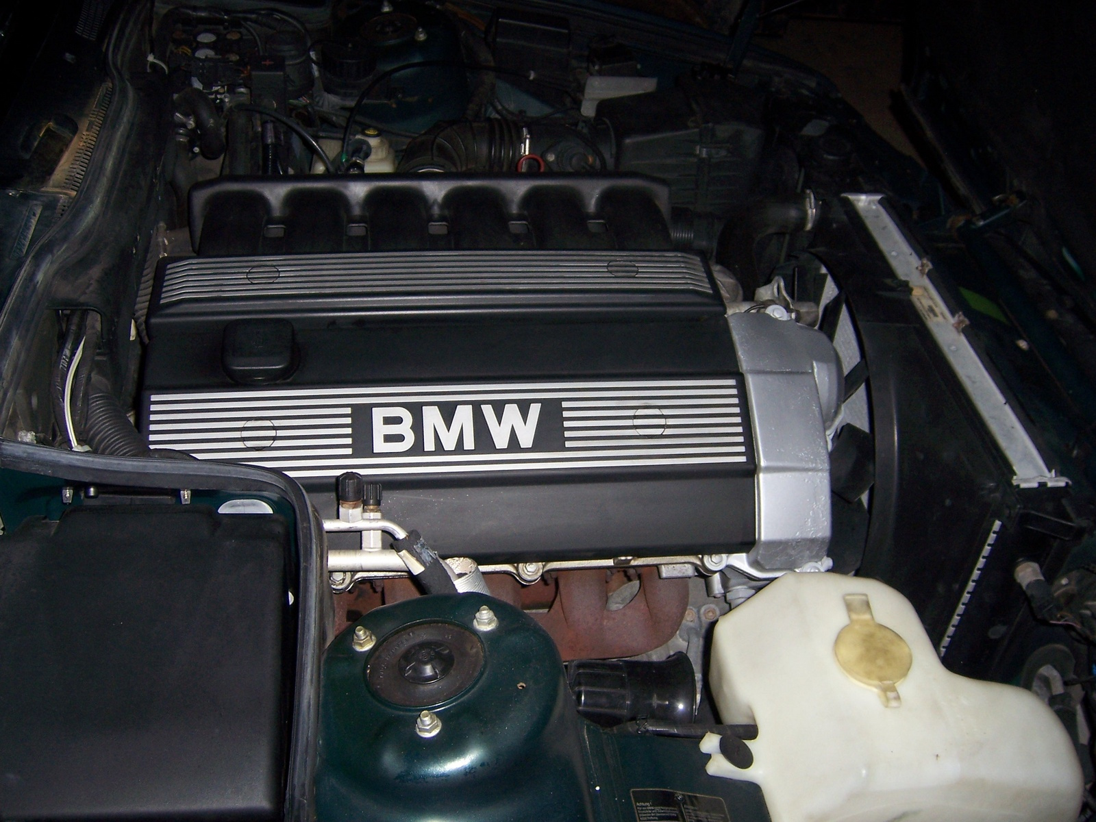 2007 BMW 5 Series, Engine bay, engine