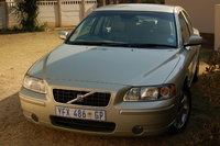2005 Volvo S60 Picture Gallery