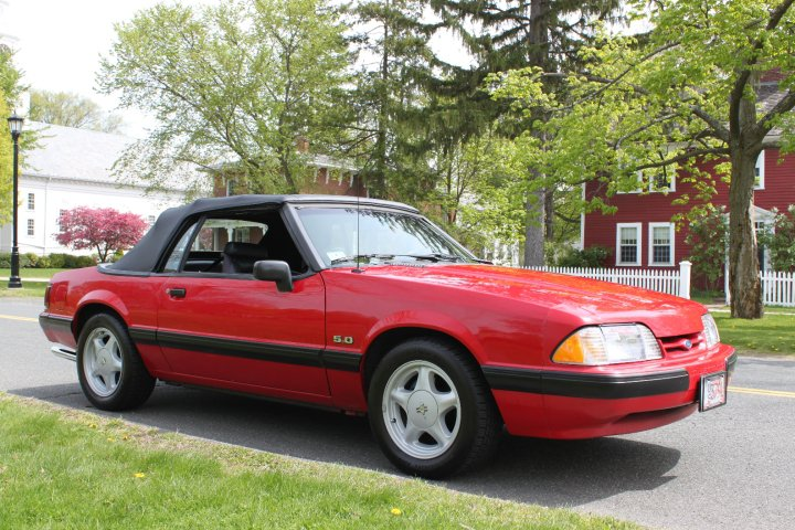 1991 Ford Mustang 2 Dr LX 5.0 Convertible picture