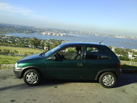 1999 Chevrolet Corsa Picture Gallery
