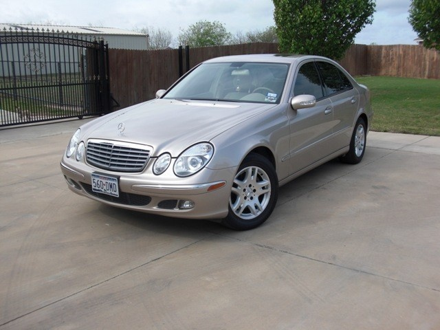 2005 mercedes benz e class overview cargurus for Mercedes benz 2005 e class