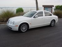 2007 Jaguar S-Type Picture Gallery