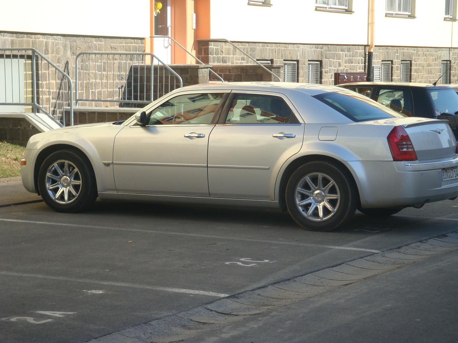 2005 Chrysler 300 Pictures Cargurus