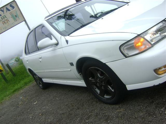 1999 Nissan Sentra 4 Dr SE Limited Sedan picture