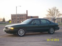 1994 Pontiac Bonneville Overview