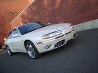 Picture of 2002 Oldsmobile Aurora 4 Dr 3.5 Sedan, exterior, gallery_worthy