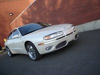 2002 Oldsmobile Aurora Overview
