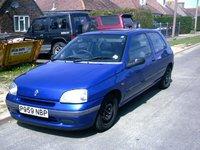 1992 Renault Clio, sam's clio, exterior