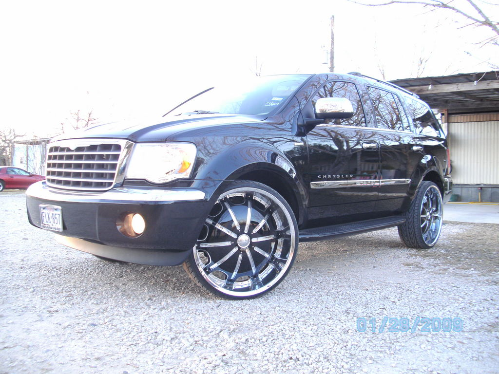 2009 Chrysler Aspen Limited 4WD picture