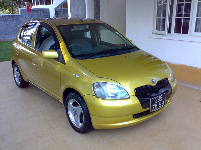 Picture of 1999 Toyota Vitz