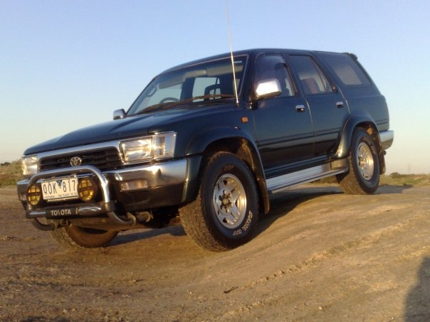 Picture of 1994 Toyota Hilux Surf