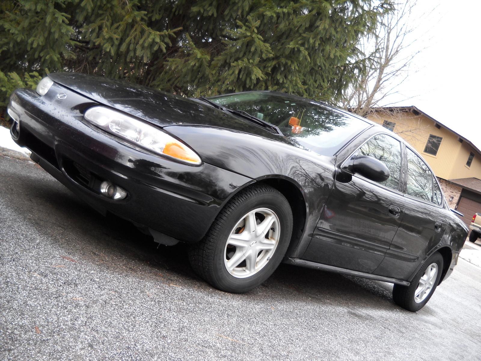 2002 Oldsmobile Alero - Overview