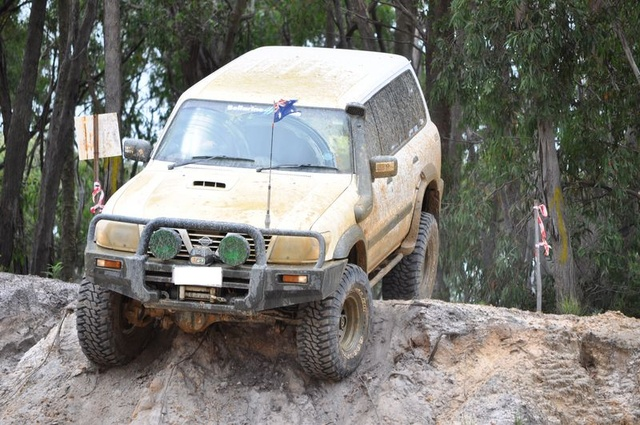 Picture of 2001 Nissan Patrol