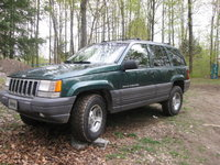 1996 Jeep Grand Cherokee Laredo 4WD, view of the jeep with the new wranglers, exterior, gallery_worthy
