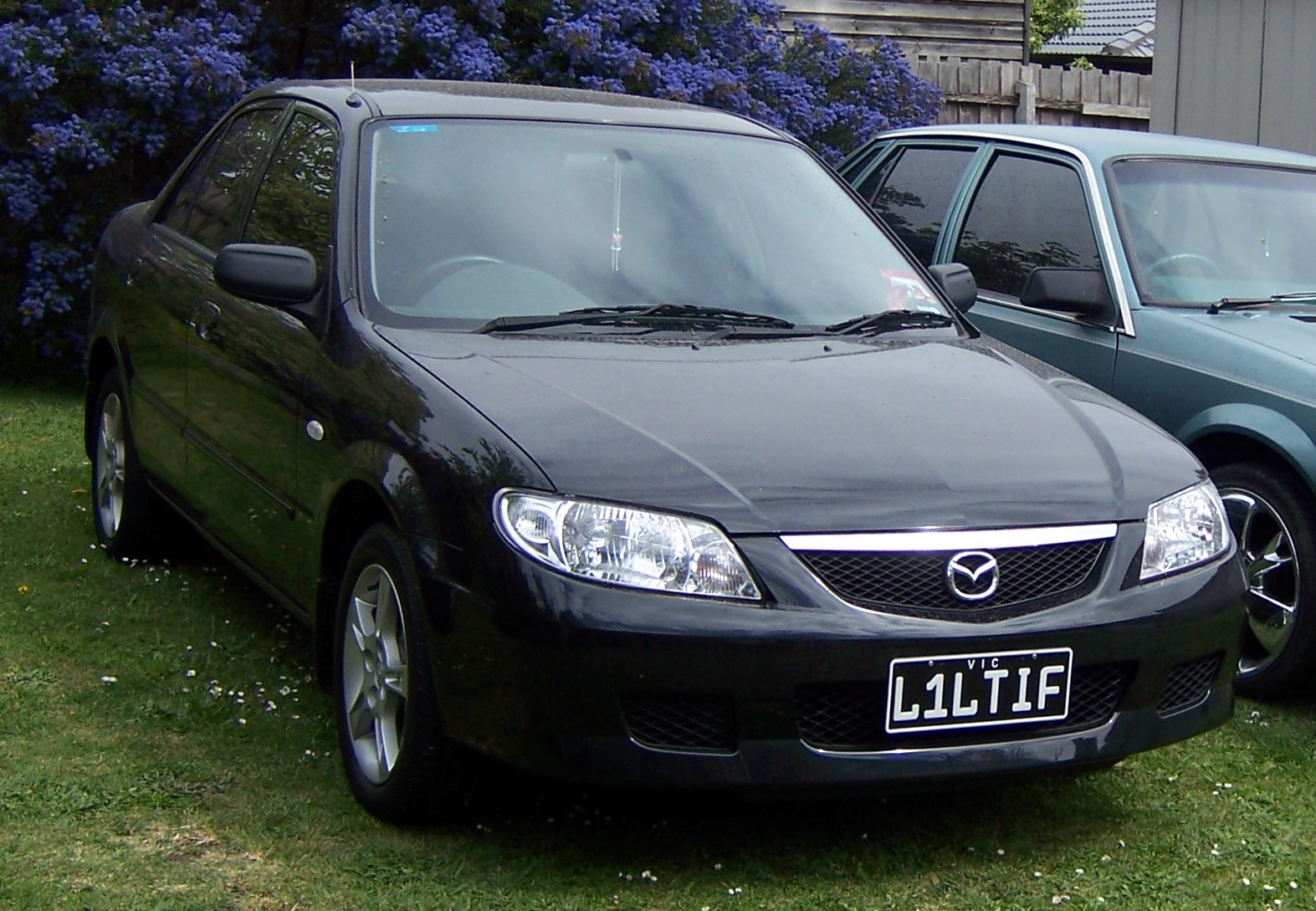 Picture of 2003 Mazda 323