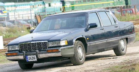 Picture of 1993 Cadillac DeVille Sedan FWD, exterior, gallery_worthy