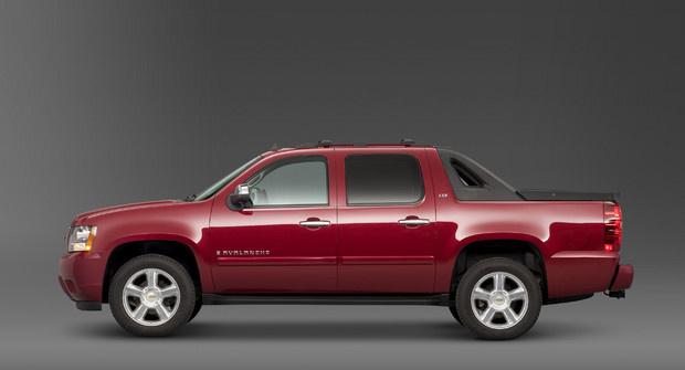 2011 Chevrolet Avalanche, Left Side View, exterior, manufacturer