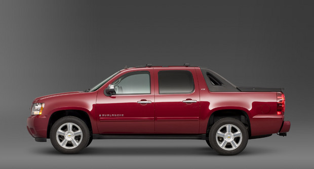 2011 Chevrolet Avalanche, Left Side View, manufacturer, exterior