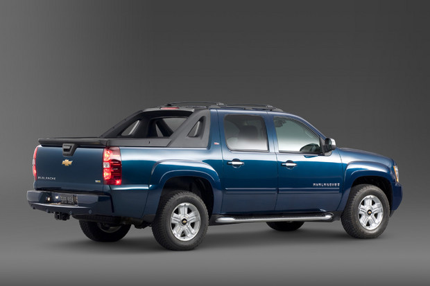 2011 Chevrolet Avalanche, Back Right Quarter View, exterior, manufacturer