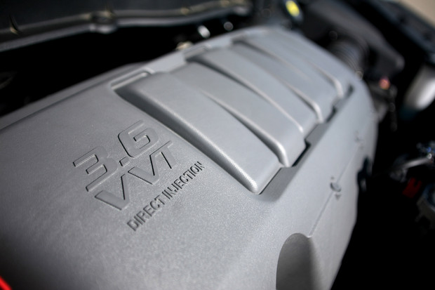 2011 Chevrolet Traverse, Engine View, engine, manufacturer