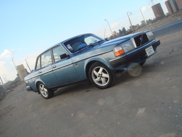 Picture of 1986 Volvo 240, exterior