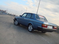 1986 Volvo 240 Picture Gallery