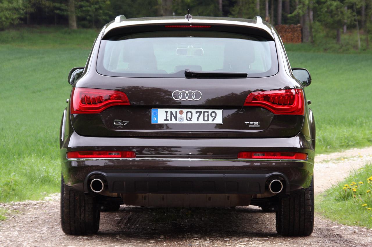 2011 Audi Q7 - Pictures