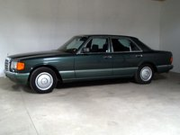 1988 Mercedes-Benz 280 Picture Gallery