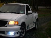 Picture of 2000 Ford F-150 SVT Lightning 2 Dr Supercharged Standard Cab Stepside SB, exterior, gallery_worthy