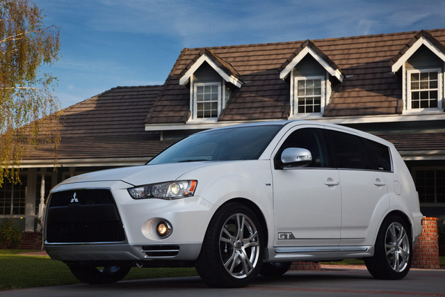 Picture of 2010 Mitsubishi Outlander XLS 4WD, exterior, gallery_worthy
