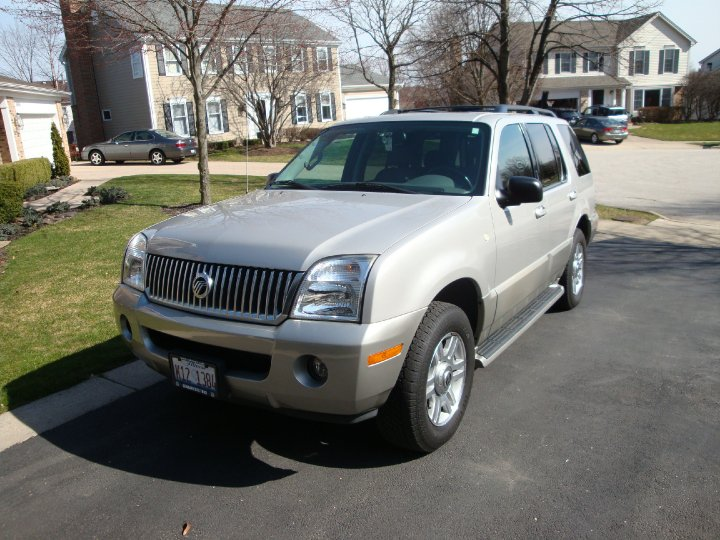 2003 Mercury Mountaineer 4 Dr STD AWD SUV picture
