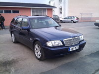 1998 Mercedes-Benz C-Class, Perhe-auto C200T kompressor vm'98 192Hv 280Nm., exterior