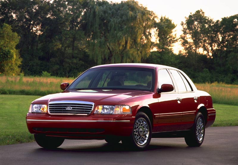 1998 Ford Crown Victoria 4 Dr LX Sedan picture