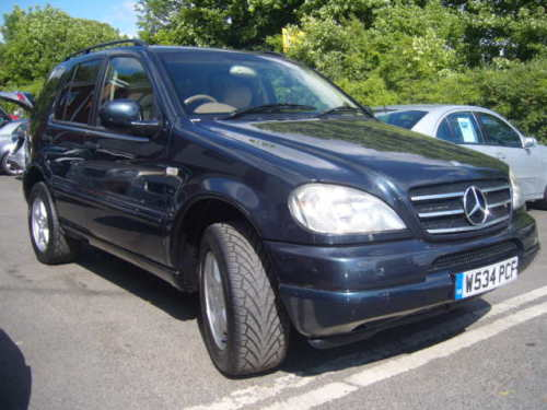 2001 Mercedes-Benz M-Class 4 Dr ML320 AWD SUV, 2001 Mercedes-