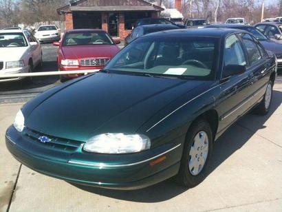 2001 Chevrolet Lumina 4 Dr STD Sedan picture