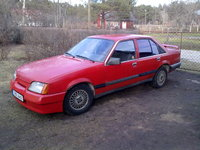 1985 Opel Rekord Overview