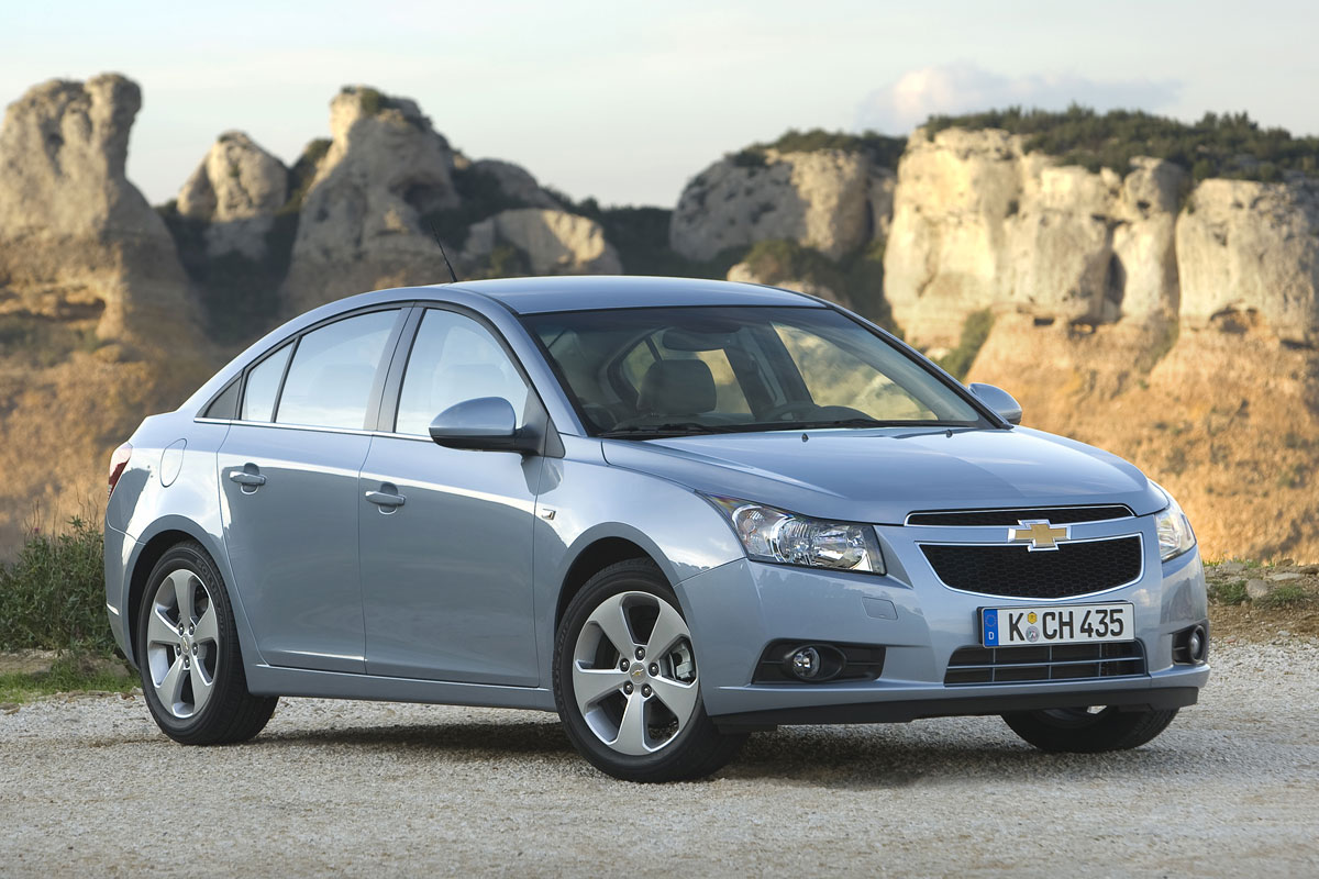 2011 chevrolet cruze pictures cargurus. Black Bedroom Furniture Sets. Home Design Ideas