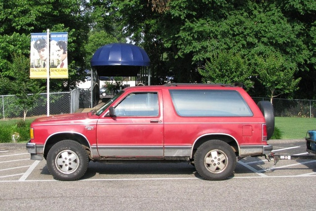 1990 GMC S-15 Jimmy 2 Dr STD SUV 4WD, At Elvis's place (Graceland), exterior, gallery_worthy