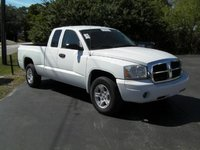 2006 Dodge Dakota Overview