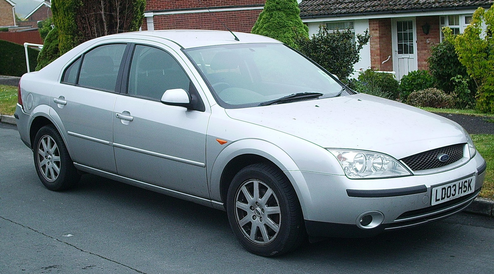 2004 ford mondeo pictures cargurus
