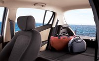 2010 Hyundai i20, trunk space, interior, manufacturer